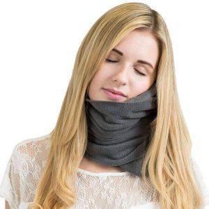 almohada de viaje tipo bufanda